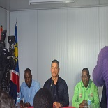 Testemunharam o acto do lançamento do projecto o ministro angolano da Agricultura, Marcos Nhunga, o governador do Cunene, Kundi Paihama.